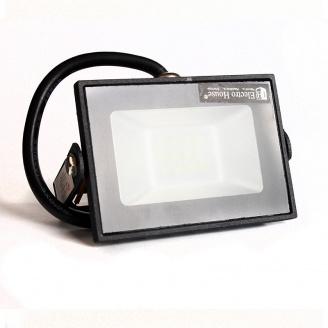 ElectroHouse LED прожектор 10W 6000K 900LmI P65