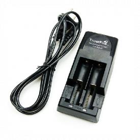 Зарядний пристрій 2x18650 16340 Trustfire