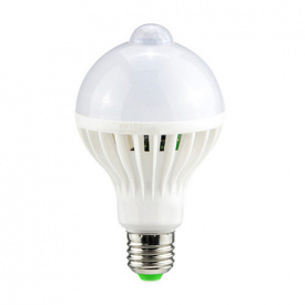 Лампа світлодіодна з датчиком руху E27 24 LED 9 Вт