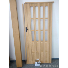 Дверь гармошка полуостекленная 860х2030х10мм. Бук BK №803