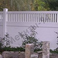 Забор пластиковый глухой с штакетами 1,5х2,44 Казачка