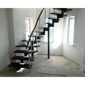 Проектирование П-образной лестницы из нержавеющей стали