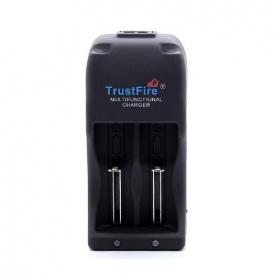 Зарядное устройство 2x18650 Trustfire new