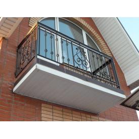 Установка балконних огорож з кованими елементами