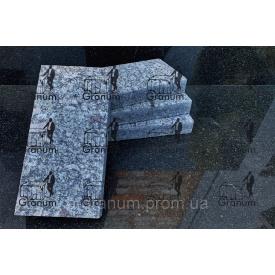 Гранітна бруківка сірого кольору Новоселицького родовища