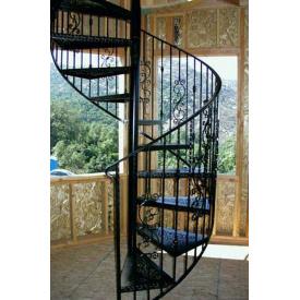 Модульная лестница с перилами в дом