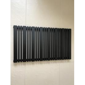 Горизонтальный дизайнерский радиатор отопления Lucca 22/550 чёрный матовый