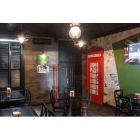 Виготовлення дерев'яних віконниць в кафе
