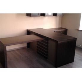 Офісний стіл Прем'єр Меблі темно-коричневий з тумбою і шафками