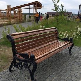 Скамейка садово-парковая ИГ Лев сосна 1850х700х860 мм с чугунными ножками