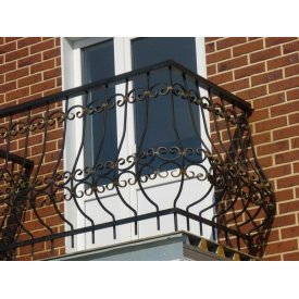 Виготовлення металевих перил для балконів