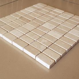 Декоративная мозаика Гармония из травертина полированная, лист 1х30,5х30,5