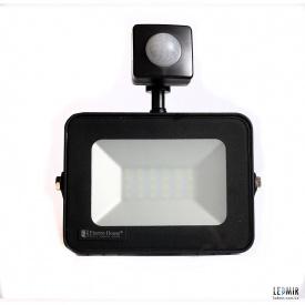 Светодиодный прожектор ElectroHouse 20W-6500K с датчиком движения