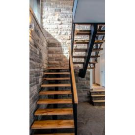 Проектирование П-обрайной лестницы из нержавеющей стали