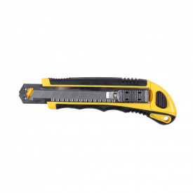 Нож пластик/резина корпус лезвие 3 шт 18 мм автоматический замок Sigma (8211111)