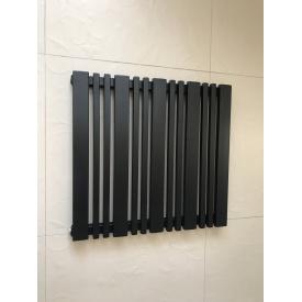 Горизонтальный дизайнерский радиатор отопления модель Lucca 13/550 Цвет чёрный матовый