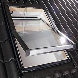 Мансардне вікно Roto 435 H з коміром для металочерепиці 74х118 см