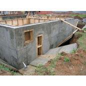 Зведення монолітної стіни з армованого бетону