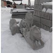 Бетонна скульптура Лев лежачий