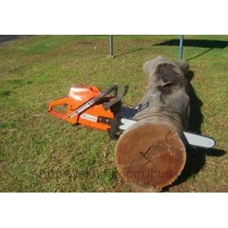 Порізка дерева на дрова