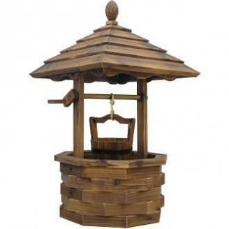 Декоративный колодец из дерева
