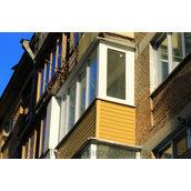 Зовнішня обшивка балкона сайдингом