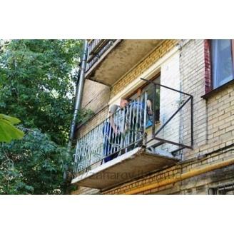 Усиление опорных перил балкона