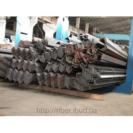 Уголок металлический 100х100х7 мм