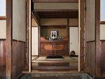 Входные двери в японском стиле