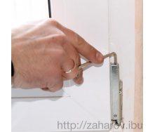 Регулировка фурнитуры створки двухстворчатой входной двери
