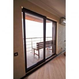 Портальная алюминиевая дверь из профиля Alumil М 11000
