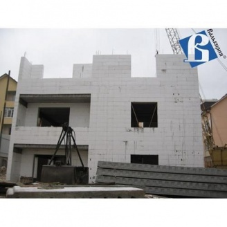 Будівництво багатоквартирного будинку з термоблоків
