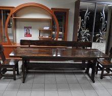 Дерев'яні меблі для кафе і ресторанів