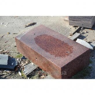 Бордюр з граніту ДП-2 180х400 мм червоного відтінку