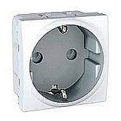 Розетка с шторками и заземлением Unica Schneider Electric MGU303718 белая