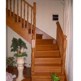 Виготовлення сходів з масиву дерева