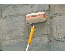 Грунтовка поверхностей стен в один слой