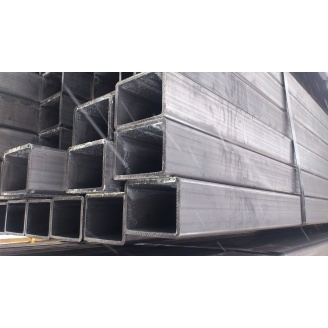 Труба профильная квадратная стальная 3сп5 140х140х4 мм