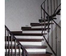 Изготовление лестницы на бетонном основании