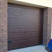 Ворота гаражные секционные Ryterna R40 woodgrain узкий гофр RAL 8017