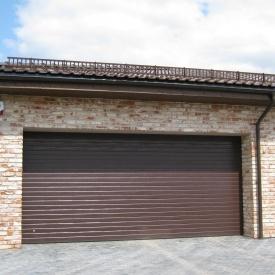 Ворота гаражні секційні Ryterna TLB stucco вузький гофр RAL 8017