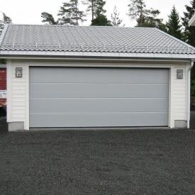 Ворота гаражні секційні Ryterna R40 slick дошка RAL 9006