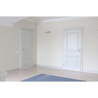 Міжкімнатні двері з натуральної деревини білі