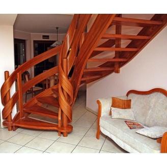 Спиральная лестница с гнутыми элементами
