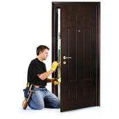 Ремонт вхідних металевих дверей