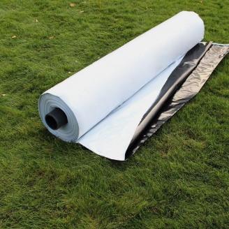 Черно-белая силосная пленка для укрытия силосных ям и траншей Планета Пластик (120 мкм, ширина 12 м, длина 50 м)