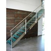 Лестница Триумф Запад с перилами из нержавеющей стали и стеклянными ступенями