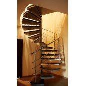Винтовая лестница Триумф Запад c металлическими перилами и стеклянными ступенями