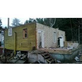 Демонтаж садового будинку