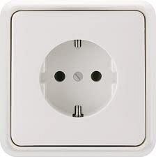 Розетка электрическая с заземляющим контактом РС 16-001 белая